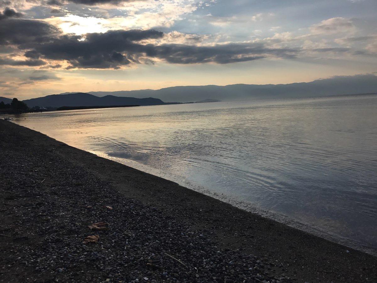 Hannes-Swoboda-A-Day-At-Lake-001